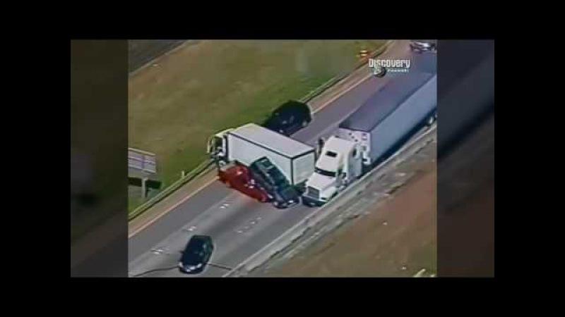 Американские дальнобойщики уходят от погони