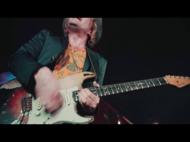 Philip Sayce Blues Ain't Nothing But A Good Woman On Your Mind LIVE at the Silver Dollar