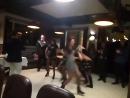 Танец мини юбок!!!!