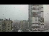 Снег хлопьями!!