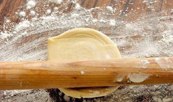 Слоеная самса (настоящая, узбекская) Ингредиенты: Для теста понадобится: -4 ст.
