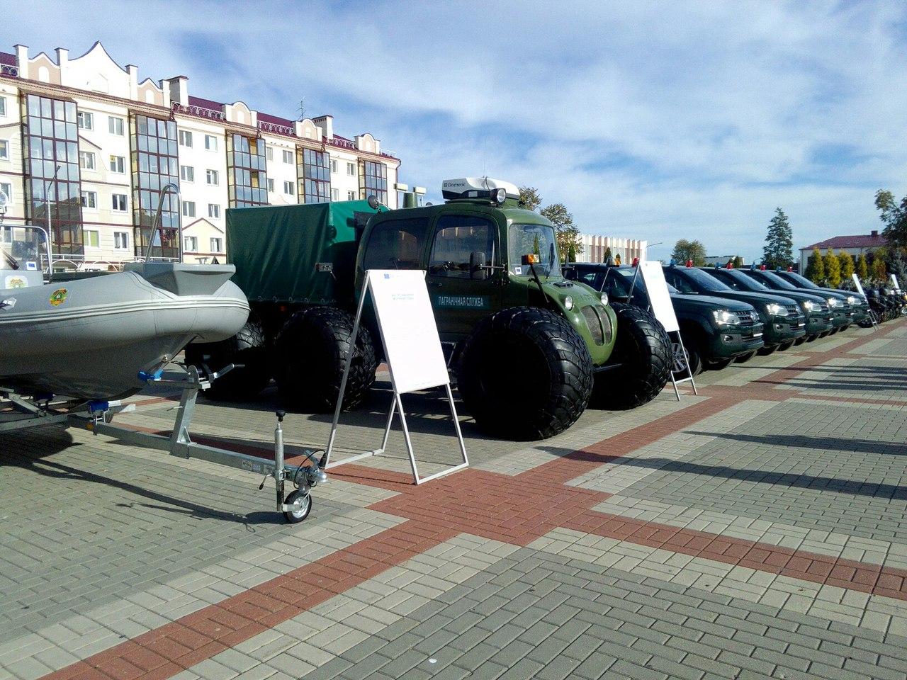 В Пинске состоялась передача техники для усиления охраны границы