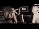 Очаровательные девушки великолепно танцуют в элитном клубе!