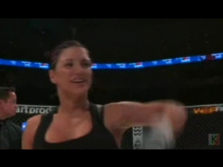 1. Gina Carano vs Leiticia Pestova - WEF