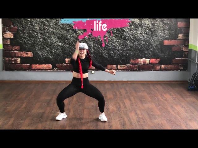 Katerina Krasnikova in Latin Motion | Reggaeton class | DJ Beka - Contra la Pared
