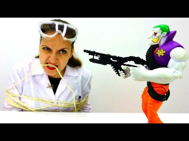 Джокер похитил Аню! КуклаБарби спешит на помощь! Куклы видео Игры длядетей Игр ...