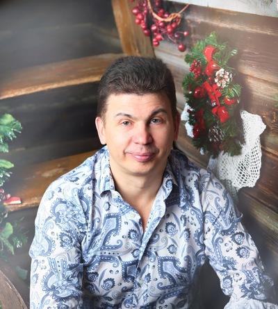 Олег Коневин