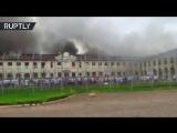 Заключённые сбежали из бразильской тюрьмы во время пожара