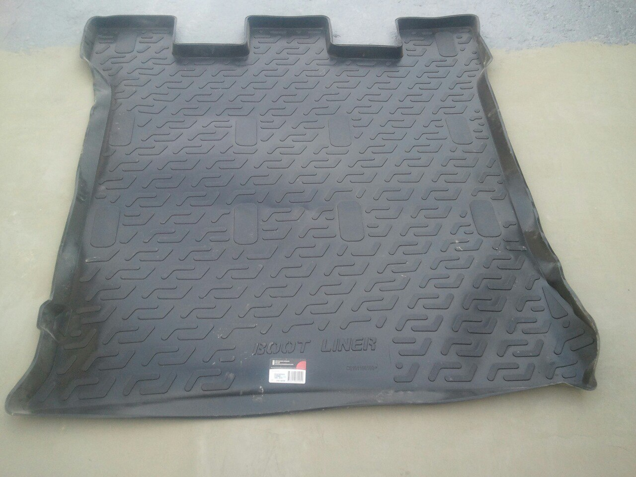 Продам коврик в багажное/салон отделение на VW