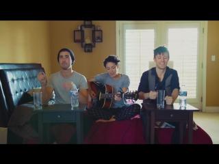 Крутые ребята из KHS : STAY - Zedd ft. Alessia Cara Бутылкой воды