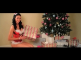 How-To Wrap a Present With Ashley