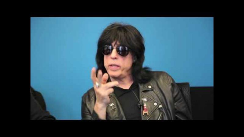 Марки Рамоун (The Ramones) раскрывает секреты Джоуи, Джонни и Ди Ди