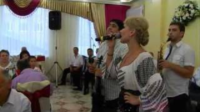 Lautarii de la Chisinau si Adriana Ochisanu cu Ion Paladi la nunta la Voloca