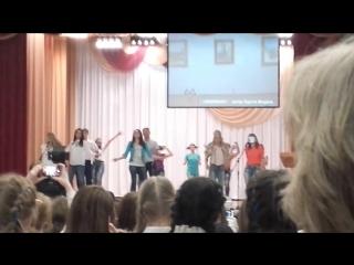 Битва хоров в школе 25. Учителя