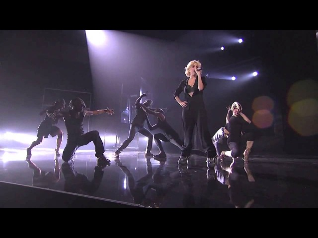 Lady GaGa - Rehearsal - Bad Romance/Speechless AMA 2009