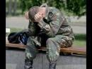 Девушка не дождалась парня-десантника из армии.