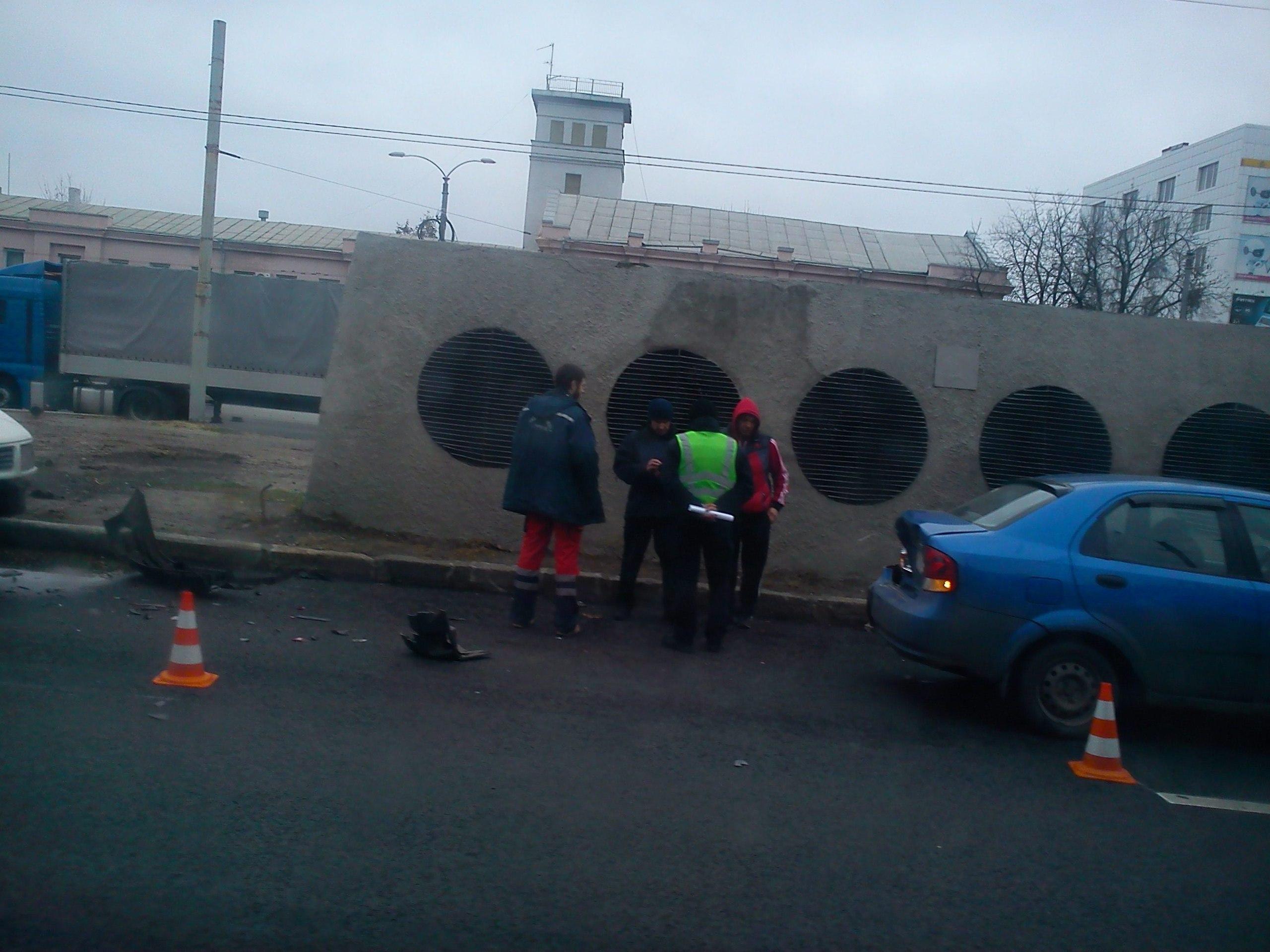 Харьковчане стали очевидцами ДТП на Московском проспекте