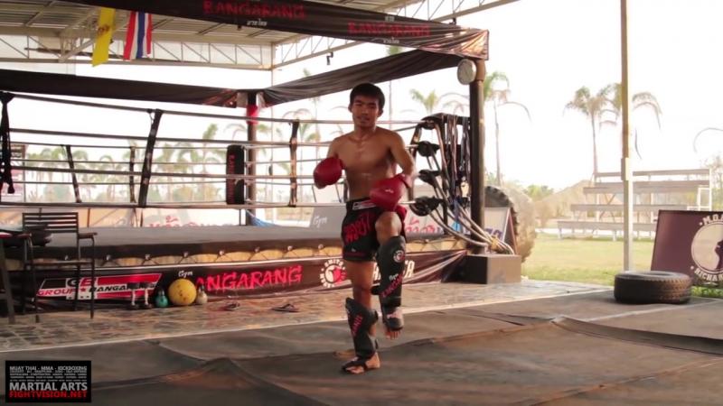 Летящее колено. Тайский бокс - муай-тай
