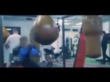 Как вы оцениваете Конора МакГрегора как боксера