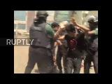 Бангладеш Полиция разворачивает водометы и слезоточивый газ, поскольку протесты в отношении цен на энергоносители обостряются.