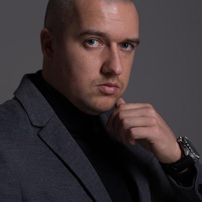 Олег Чёрный