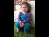 Маленькая девочка хочет жениха. Прикол