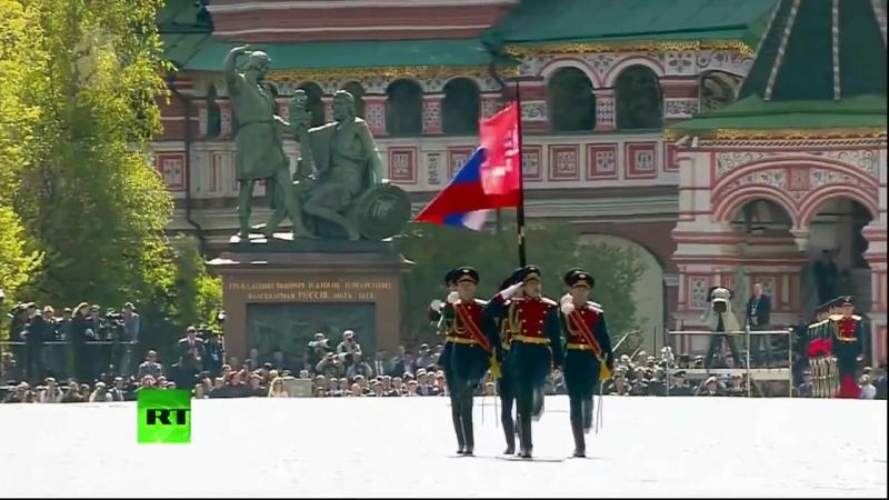 A MARCHA DA GUERRA - PARADA MILITAR MOSCOVO 2015