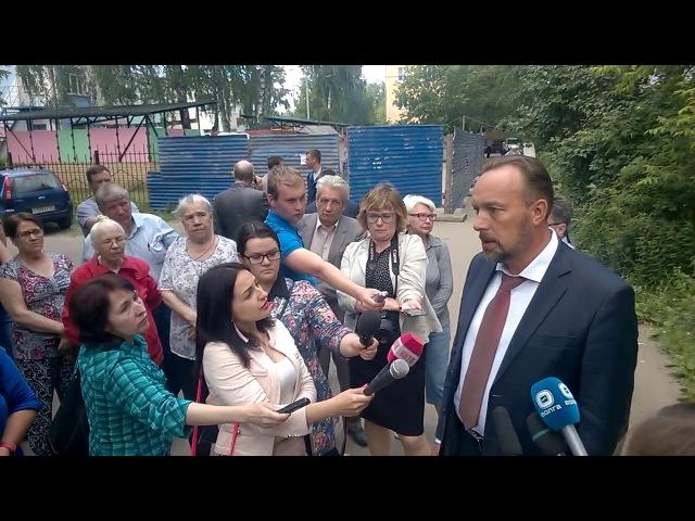 20170629 Миронов С.М. рассказывает перед журналистами