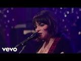 Norah Jones - Little Broken Hearts (Live on Letterman)