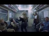 Sabrina Carpenter - Thumbs    1080p
