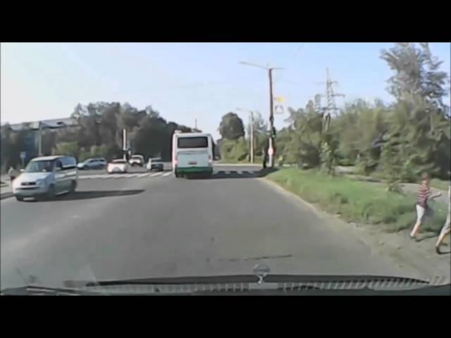 Как сбивают детей на дорогах