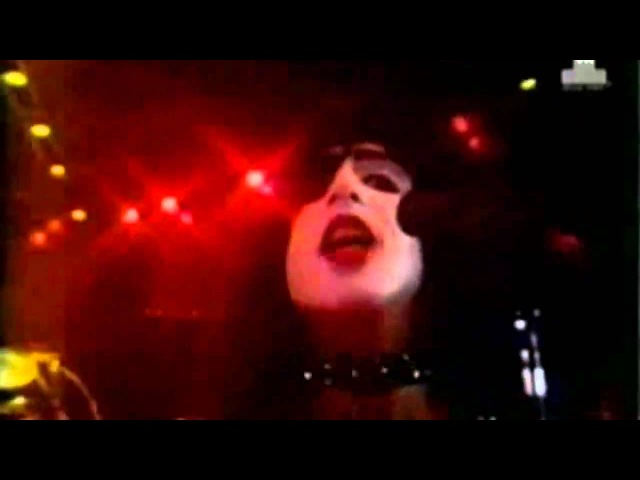 Kiss I was made for lovin' you official video clip HD