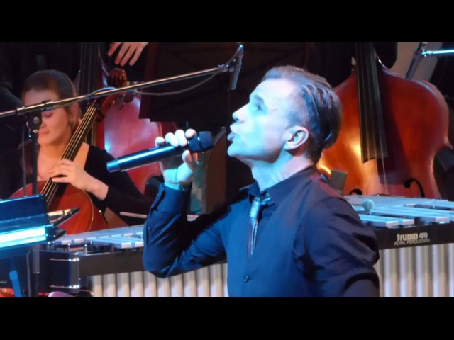 Bruno Pelletier performs Lune in Moscow on 10th December 2015