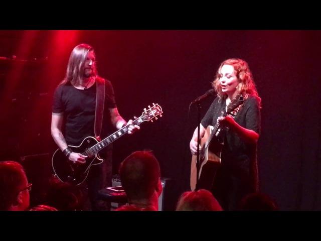 Anneke Van Giersbergen feat. Esa Holopainen - Saturnine (The Gathering) @ Semifinal, Helsinki