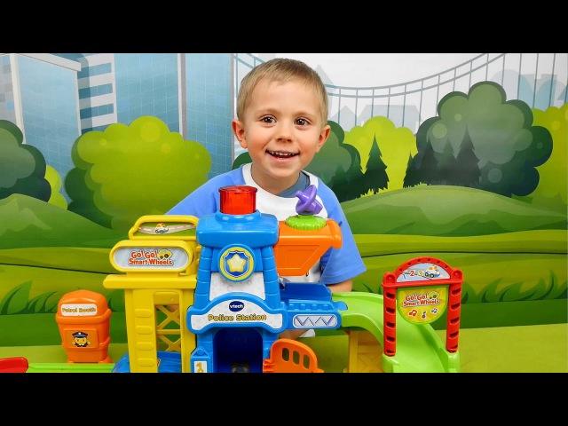 Носики Курносики • МАШИНКИ С ТРЕКОМ и Полицейский участок VTech - Интерактивные МАШИНКИ для детей - Играем в полицию