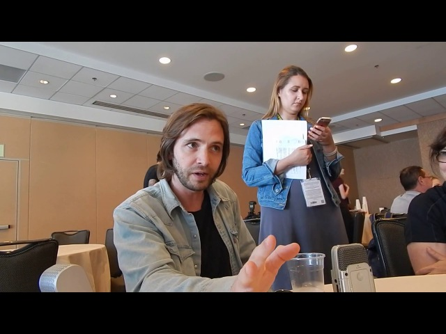 Aaron Stanford (James Cole) of 12 Monkeys @ SDCC '17