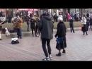 кукуруза с танцами ! бабушка в свои 83 отжигает