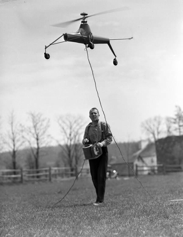 Первый коптер с ДУ, США, 1941 год..