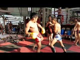 Super hard Muay Thai pad work!