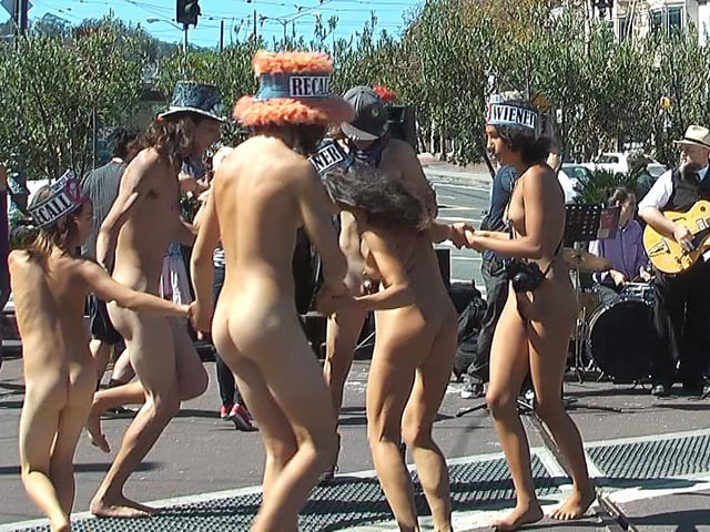 NUDE PARADE - NUDE IN in SAN FRANCISCO - September 26, 2015, Jane Warner Plaza in the Castro - My Naked Truth TV