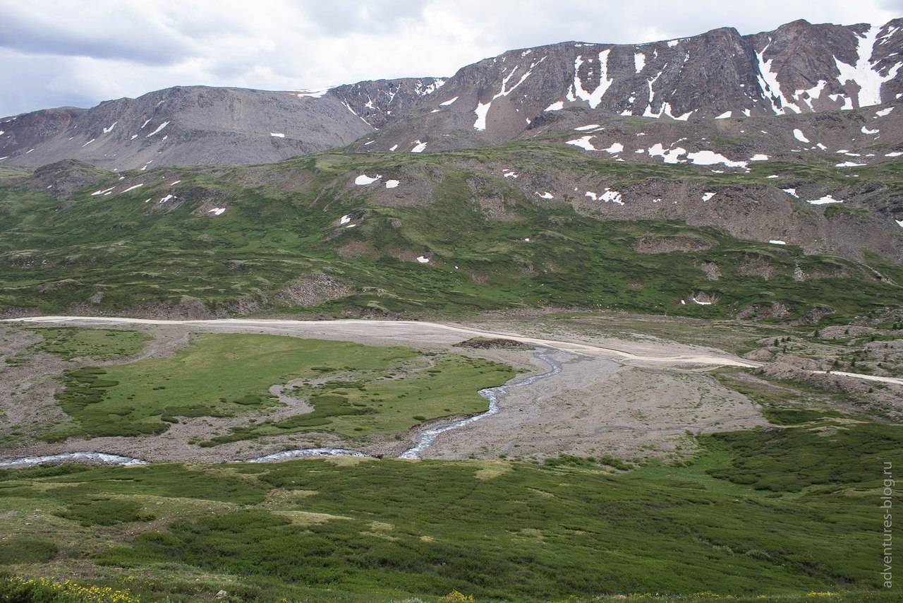 Слияние ручья Туроюк и Джело