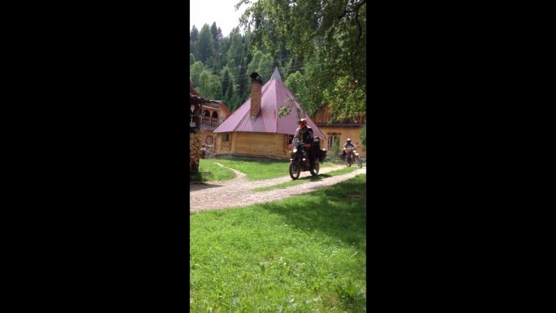 Польские-байкеры путешественники