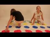 ЧЕЛЕНДЖ ТВИСТЕР! Играем с Алиной в игру / Challenge TWISTER! Play the game Alina