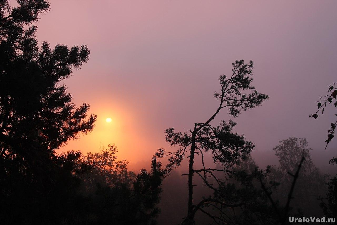Утро на Красном камне