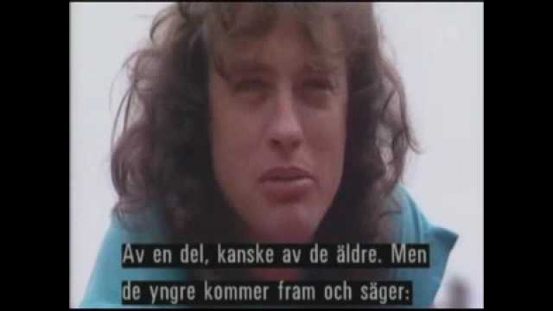 ✪✪✪ Ангус Янг AC DC и его школьная форма перевод интервью 1988