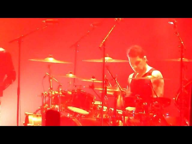 RAMMSTEIN - MEIN HERZ BRENNT (Schneider on the drums), 03.02.2012, Hannover, TUI-Arena