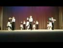 Старики танцует класна