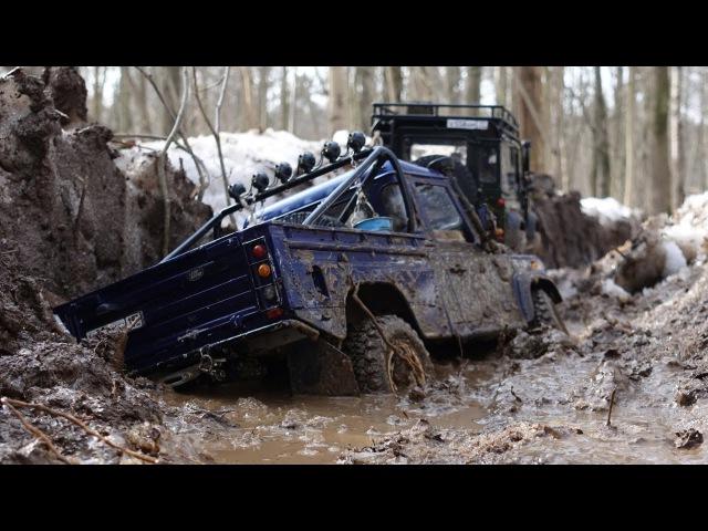 По дороге лесовозов Land Rover defender 90 WildBrit, defender 110 HCPU