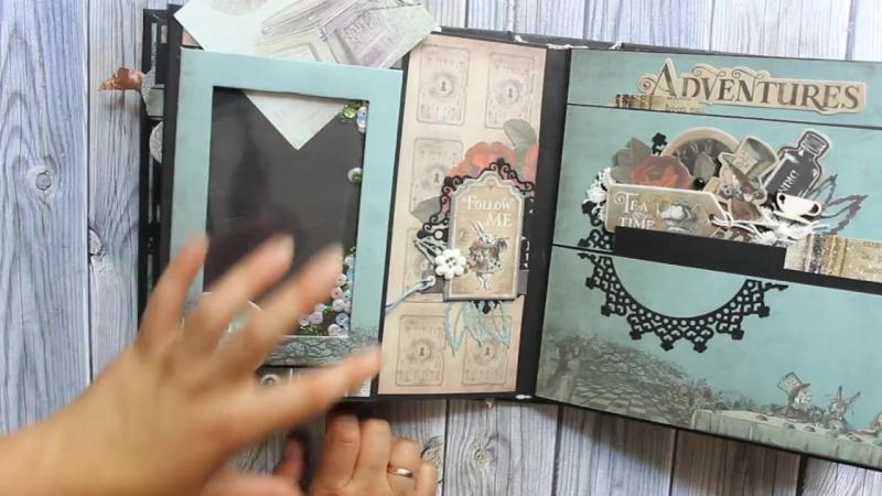 Скрап альбом Алиса в стране чудес- Обзор готовой работы - скрапбукинг