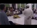 слабонервным не смотреть! изгнание джинна,чтение Корана . Real jinn caught on ca